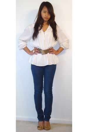 H&M blouse - thrifted belt - Levis jeans - Xhilartion shoes