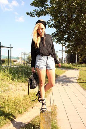 black Filippa K top - blue vintage shorts - black Zara shoes - black Moschino pu