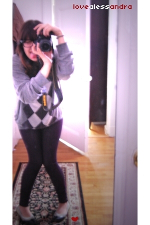 northern isle sweater - forever 21 leggings - Bon Bon shoes