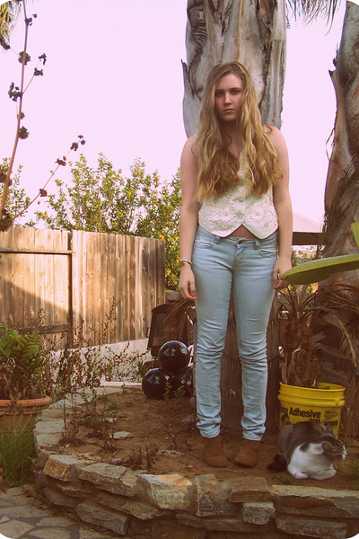 Goodwill vest - shoes - f21 jeans