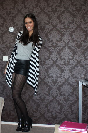 black H&M shorts - white Primark cardigan - black H&M shoes
