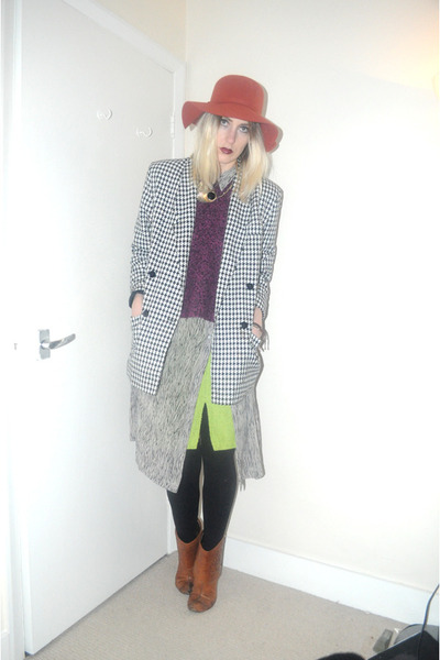 black houndstooth thrifted jacket - brick red floppy hat Urban Outfitters hat