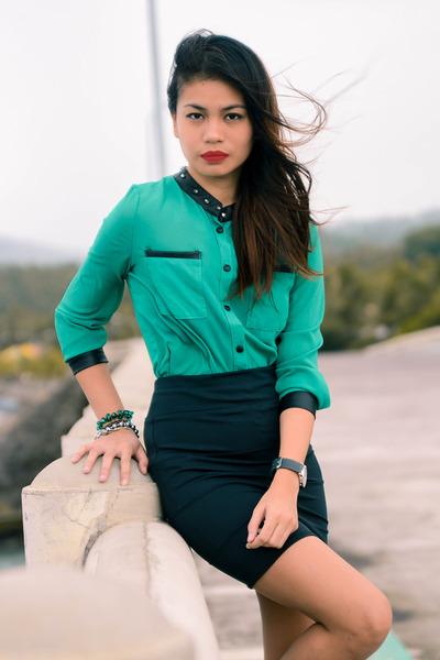 teal blouse - black bandage skirt