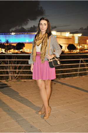 H&amp;M skirt - pull&amp;bear jacket - Dunnes bag - Massimo Dutti blouse - Dunnes heels