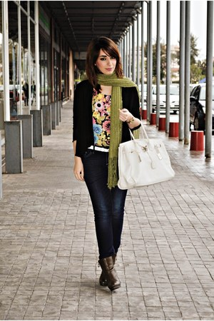 BLANCO bag - OG boots - clockhouse jeans - H&M top - Zetamode cardigan