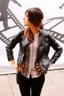 Tan-zara-shirt-black-topshop-jeans-black-zara-jacket