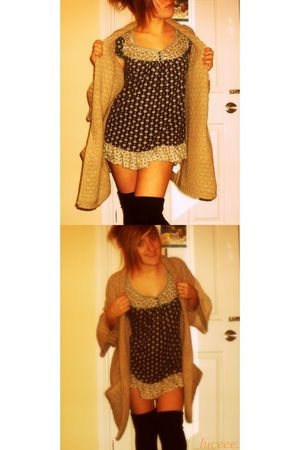 beige Primark cardigan - blue Newlook top - black Tesco socks