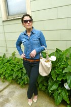 navy joes jeans - blue Gap shirt - cream Marc by Marc Jacobs purse - tawny Botte