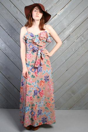 nude vintage dress