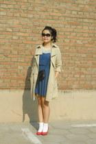 blue polka dots H&M dress - camel me&city coat - black Vintage from Mum bag