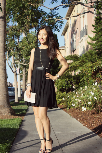black summer lbd H&amp;M dress