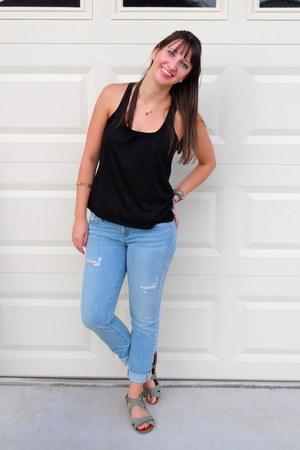 black tank top JCPenney shirt - light blue Guess jeans