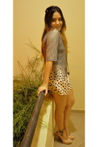 heather gray vintage blouse - brown vintage bag - eggshell H&M shorts