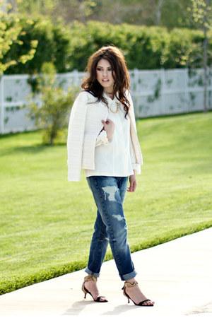 navy boyfriend Zara jeans - cream banana republic blazer