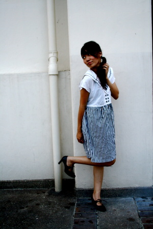 navy stripes dress