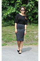 black black Zara flats - black soft Mango t-shirt