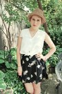 The-bay-hat-sperrys-loafers-foral-print-thrifted-skirt