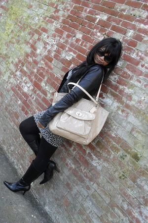 beige coach purse - black coach sunglasses - black Zara jacket - gray Forever 21