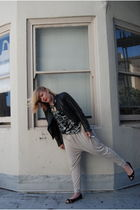 black vintage from Wasteland jacket - black Isabel de Pedro top - beige H&M pant