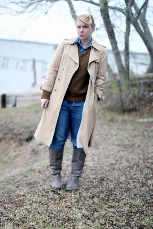 Target boots - trench vintage coat - Levis jeans - wool vintage sweater - denim 