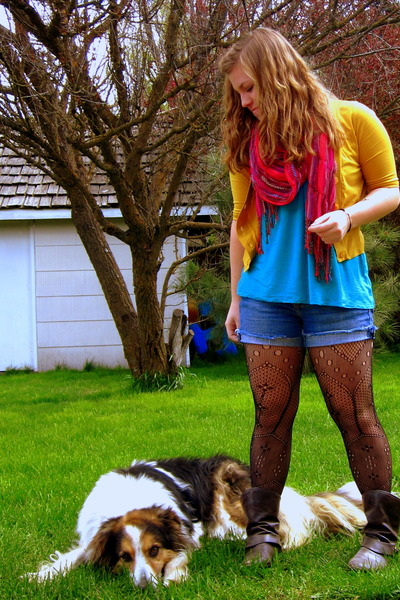 f21 boots - yellow UO sweater - UO tights - Old Navy shorts - f21