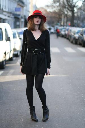 black Chantal Thomass shorts
