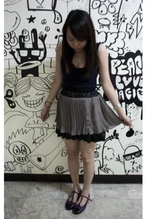 return of the chiffon skirt.