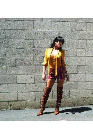 maroon f21 shorts - tawny leopard print Urbanogcom boots