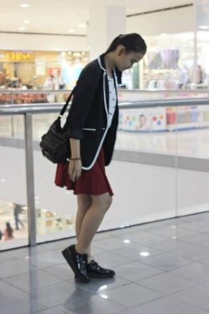 navy Forever 21 blazer - black shoes - dark brown Levis bag