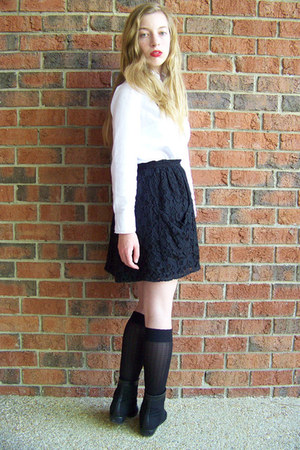 black Kimchi Blue boots - black HUE socks - black Kimchi Blue skirt - white Targ