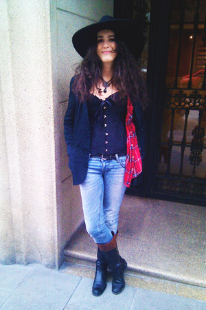 shirt - Pull & Bear jeans - Zara hat