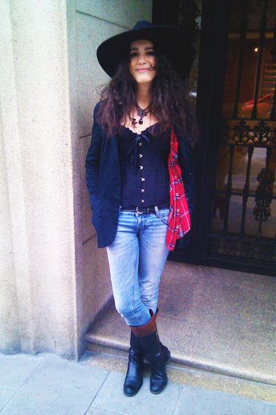 shirt - Pull & Bear jeans - Zara hat