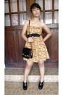 Orange-floral-print-get-laud-dress-black-sling-phillipe-charriol-bag-black-p