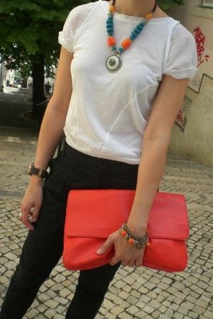 carrot orange Zara bag - black Mango pants - white Mango t-shirt