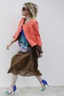 Miss-united-skirt-new-look-top-zara-heels-h-m-vest