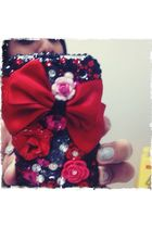 red luxaddiction accessories