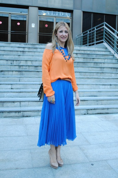 blue Zara skirt - orange Zara blouse - beige cesare paciotti pumps - blue Bimba&