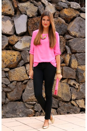 gold Zara flats - hot pink BLANCO shirt - black Bershka panties