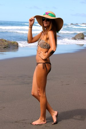 bronze Coqueta Complementos hat - dark brown Oysho swimwear