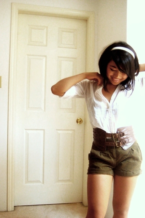 H&M shorts - Forever21 blouse - belt