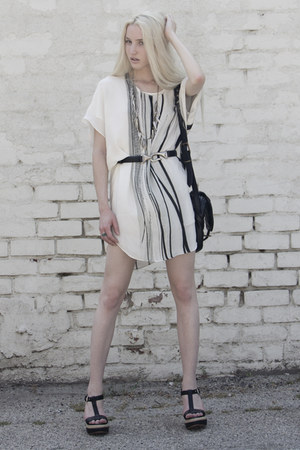 white Kimberly Ovitz dress - jas mb bag - black vintage belt
