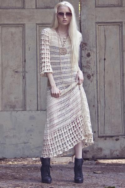 vintage necklace - vintage crochet dress - Vintage Christian Dior sunglasses