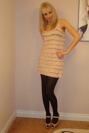 pink H & M dress - pink vintage shoes