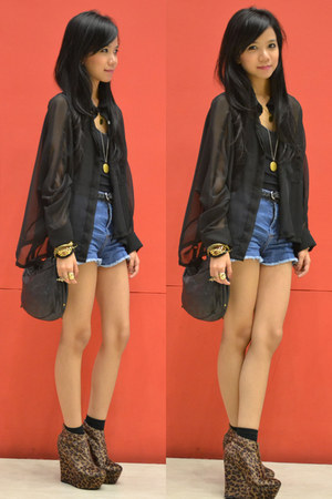 leopard jannilyn wedges - black Mango bag - denim Forever 21 shorts