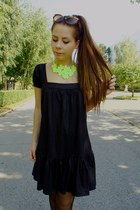 chartreuse necklace - black dress