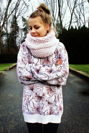 light pink scarf - light purple sweater - light pink sweater