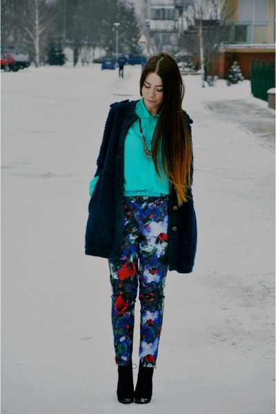 aquamarine shirt - blue printed pants
