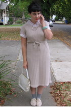 tan vintage dress - peach f21 shoes - heather gray f21 socks