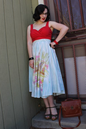 light blue vintage skirt - ruby red vintage top