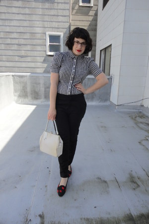 black H&M blouse - black Zara pants - black vintage flats